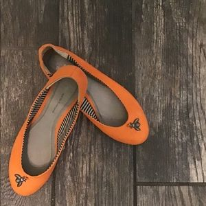 Pilcro Orange Trinket Flats